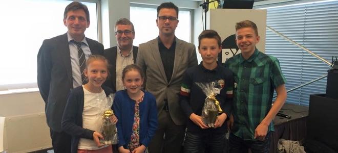 Hoelbeek wint de scholenquiz